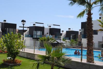 Top floor apartment in Oasis Hill Campoamor 1 Nº 016 in España Casas